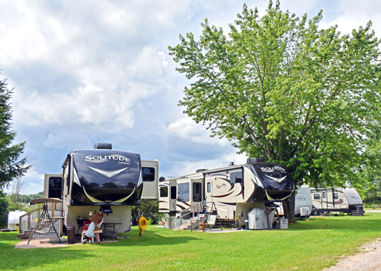 Waterways Campground of Cheboygan Michigan | Northern MI Campground | Cheboygan Campground - Camping and Boating | Fishing Cheboygan River