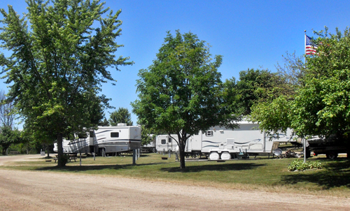 Waterways Campground of Cheboygan Michigan | Northern MI Campground | Cheboygan Campground